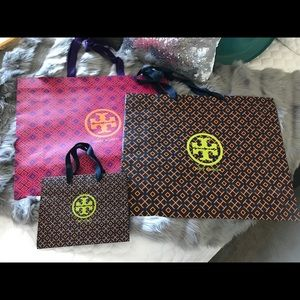 🛍 Amazing Tory Burch Bags 🛍🤩 Set of 3!